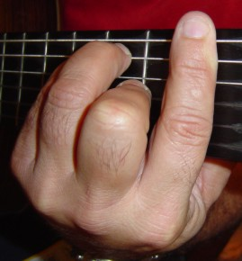 How To - Play Barre Chords...
